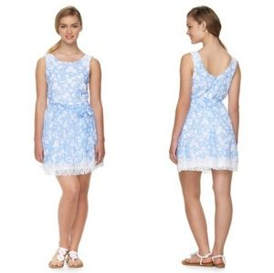 ALICE IN WONDERLAND Blue White Floral Skater Dress